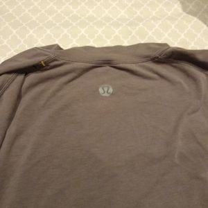 Lululemon long sleeves t shirt